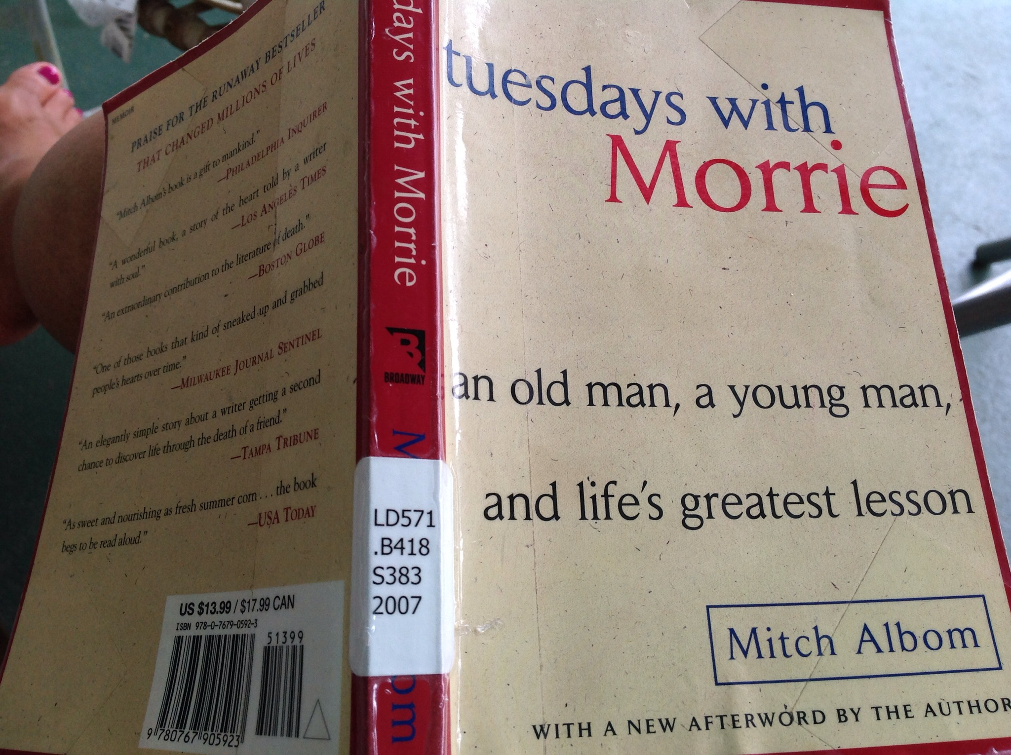 tuesdays with morrie research papers Morrie starts to speak about one particular letter it was from a lady who lost a parent when she was an adolescent and how she attended a group, which provided therapy for people who went through the same situation.